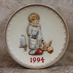 Hummel 290 1994 Annual Plate, Doctor