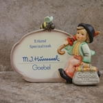 Hummel 900 Merry Wanderer Plaque, Dutch Language