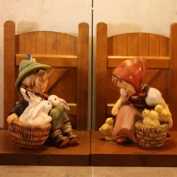 Hummel 61 B Chick Girl  Bookends