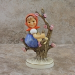 M.I. Hummel Figurines 141 3/0 Apple Tree Girl / Disney Figurines 50 Years, Type 1