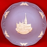 Wedgwood Christmas Plate 1988 Salisbury Cathedral