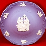 Wedgwood Christmas Plate 1998 Adoration