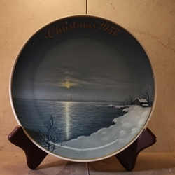 Rosenthal Weihnachten Christmas Plate, 1957 Type 1 English inscription (CHRISTMAS)