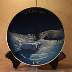 Rosenthal Weihnachten Christmas Plate, 1961 Type 1 English inscription (CHRISTMAS)